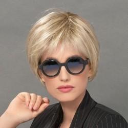 Aplique pelo natural modelo Ideal de Ellen Wille para aumentar el volumen y la densidad del cabello.