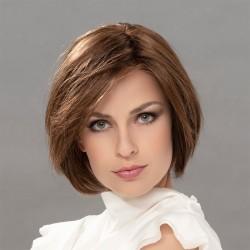 Aplique pelo natural modelo Cometa de Ellen Wille para aumentar el volumen y la densidad del cabello.